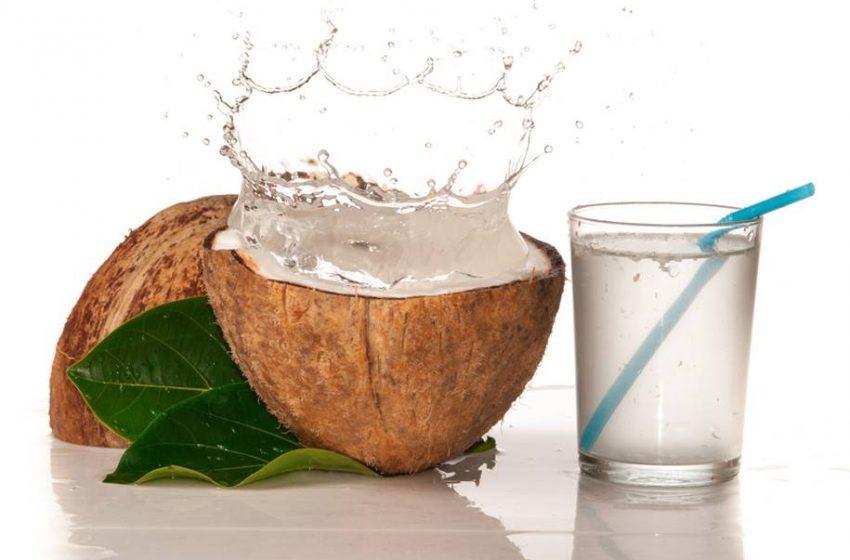 O que a Ciência Diz Sobre os Benefícios da água de Coco